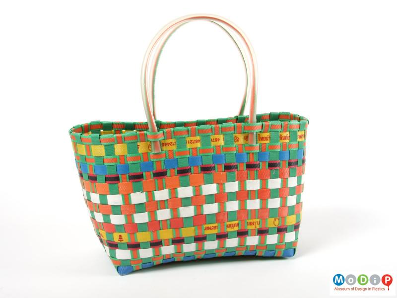 Side view of a basket showing the different coloured tape.
