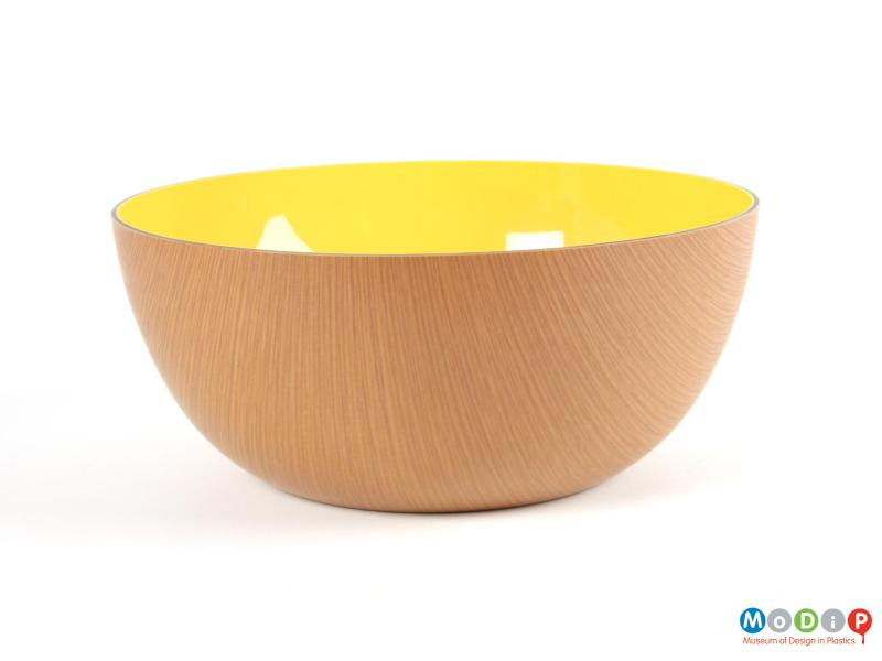 Side view of a bowl showing the wood effect exterior.