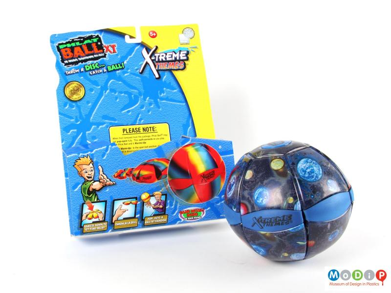 Front view of a ball showing the packaging.
