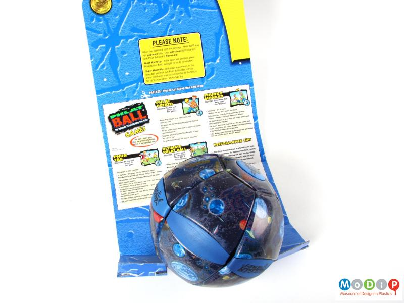 Rear view of a ball showing the packaging.