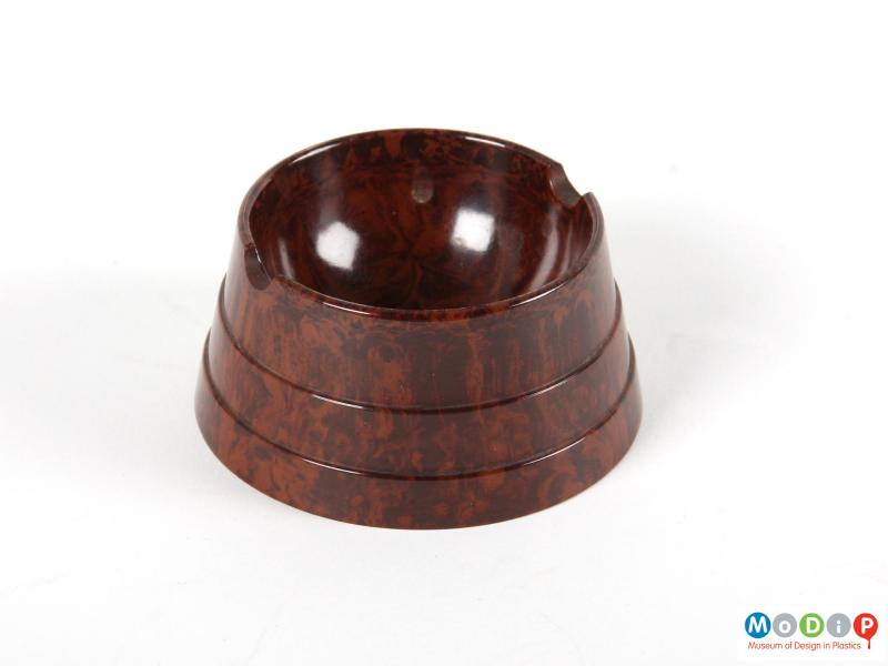 Top view of an ashtray showing the smooth internal surface.
