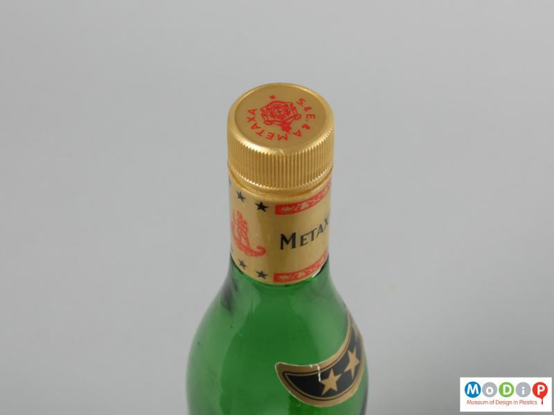 Top view of a bottle showing the screw cap.