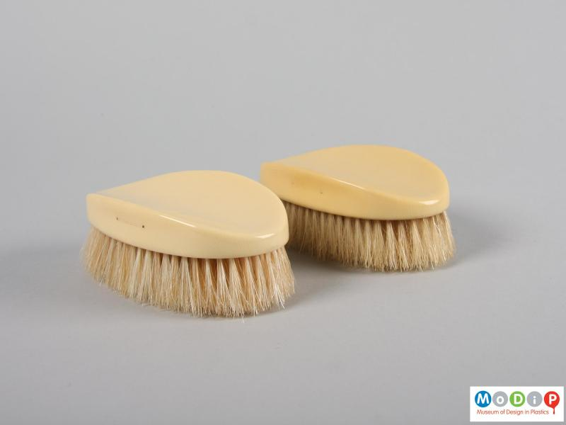 Side view of a brush set showing the brushes.