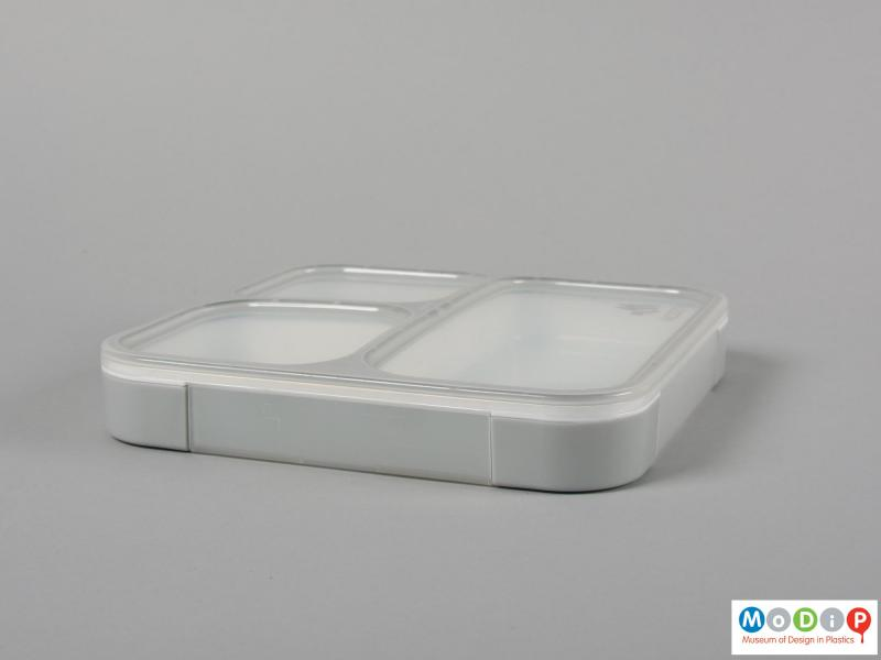 Side view of a lunch box showing the shallow depth.