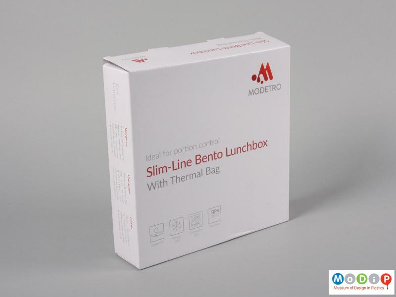 Front view of a lunch box showing the packaging.