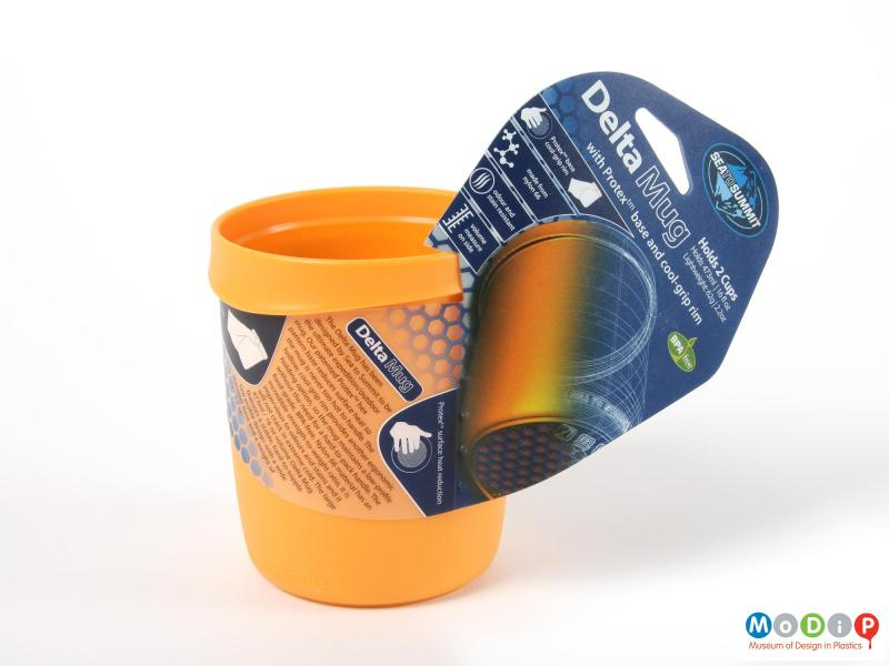 Side view of a mug showing the packaging.