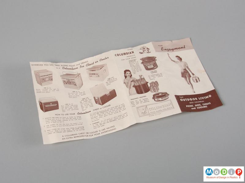 Side view of a flask showing the sales leaflet.