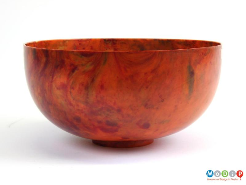 Side view of a bowl showing the mottled material.