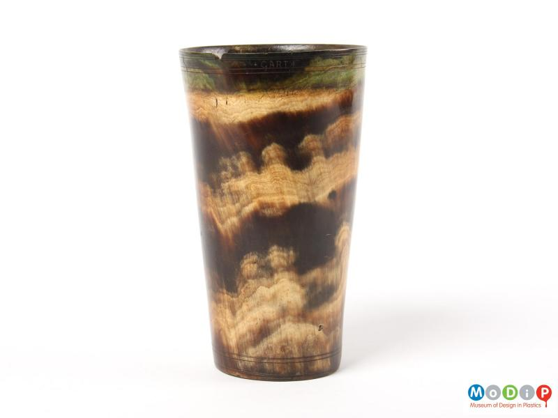 Side view of a beaker showing the natural patterning.
