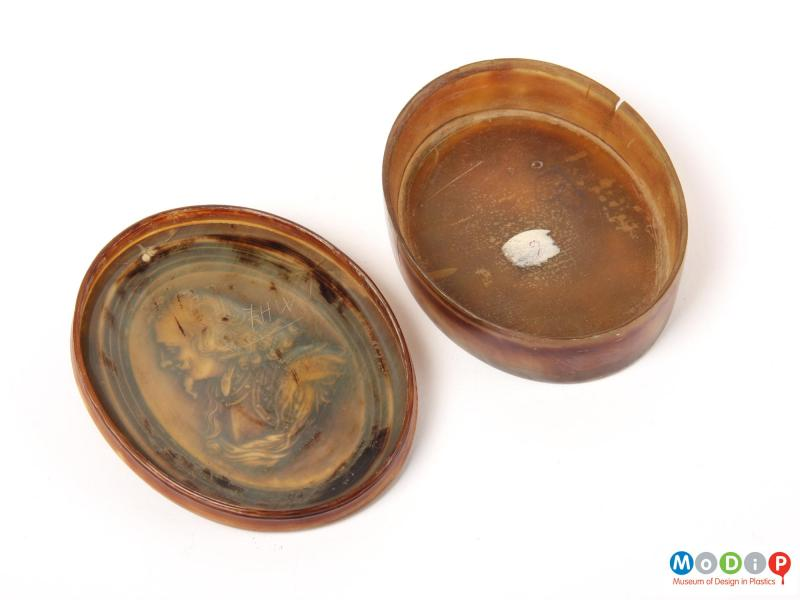 Top view of a snuff box showing the smooth inner surface.