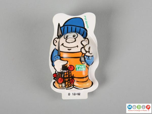 Front view of a P'tit Louis cheese spread packet showing the printed figure.