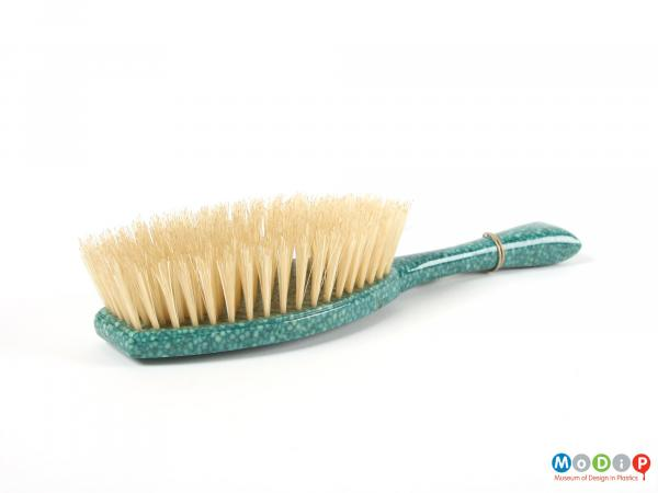 Side view of a brush showing the bristles.