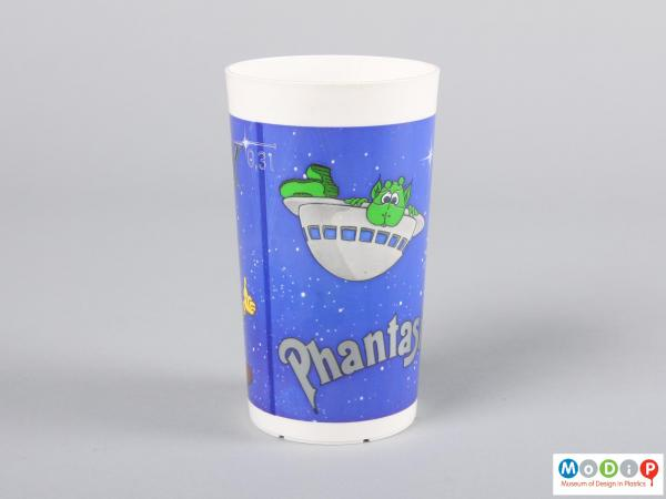 Side view of a beaker showing the printed picture.