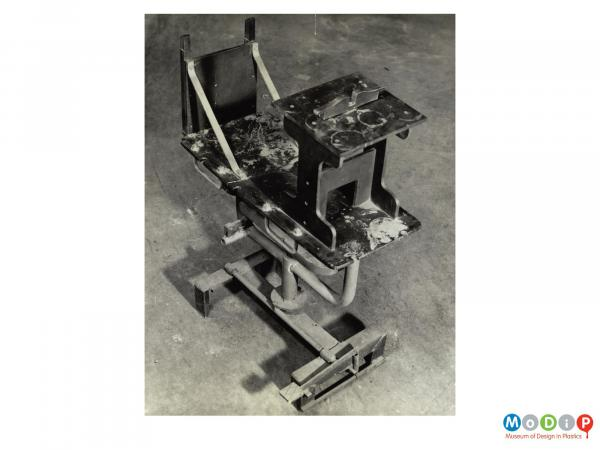 Scanned image showing a finidhing jig.