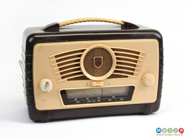 Front view of a radio showing cream coloured front panel.