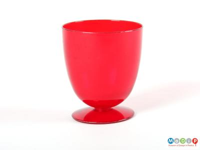 Side view of a goblet showing the small round base.