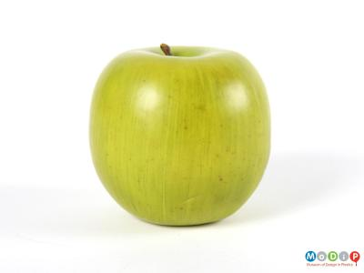 Side view of an apple showing the natual effect of the colouring.